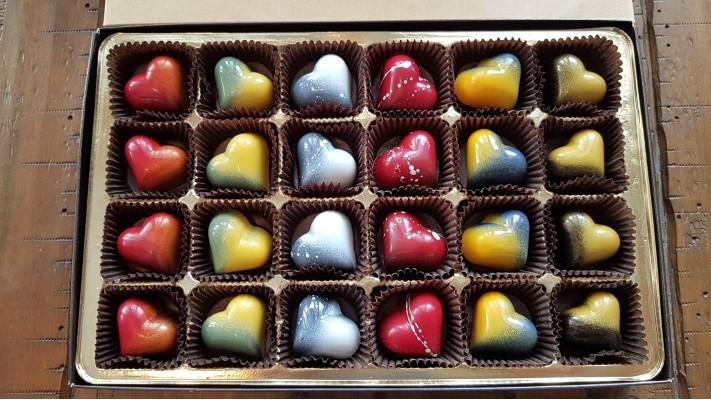 Coeur en chocolat - Boîtier de 24 chocolats